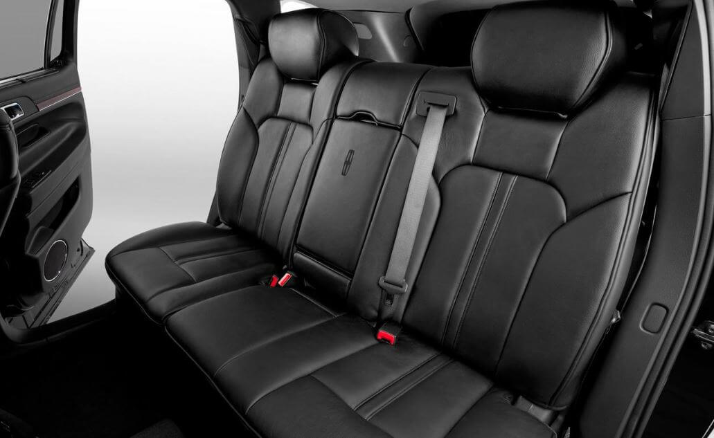Corporate Car - 2 to 4 Passengers Image